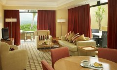 hotel-luxury-suite-lounge.jpg